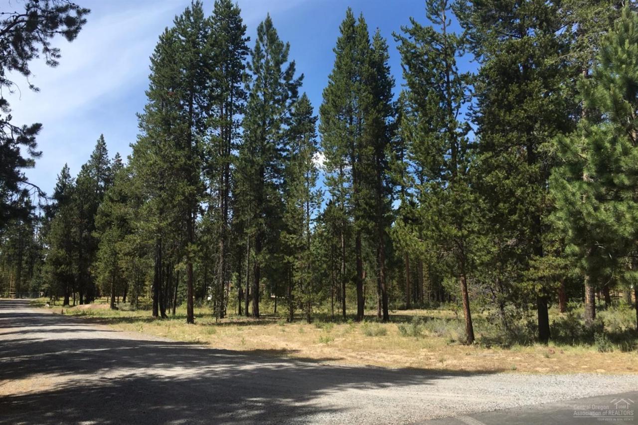 0 Halter Blk 6 Lt 6, La Pine, OR 97739 (MLS #201606859) :: Birtola Garmyn High Desert Realty