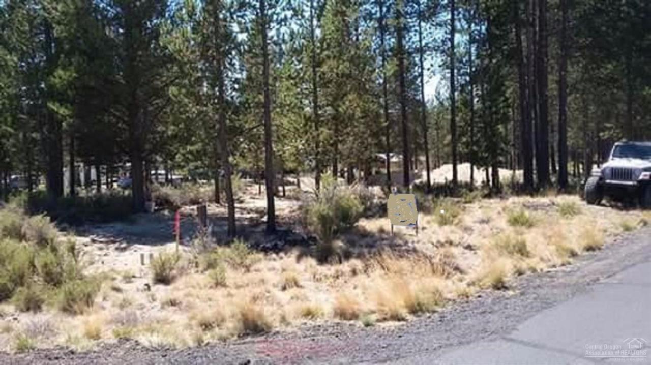0 Corral Court Lot 16, La Pine, OR 97739 (MLS #201608328) :: Birtola Garmyn High Desert Realty