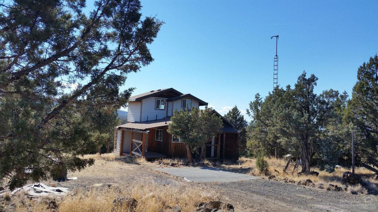 505 SE Almond Lane, Prineville, OR 97754 (MLS #201609825) :: Birtola Garmyn High Desert Realty