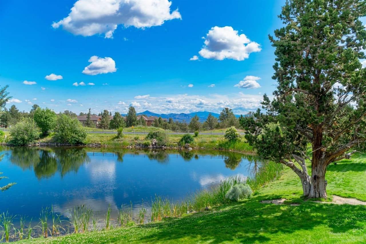 1402 Highland View Loop - Photo 1