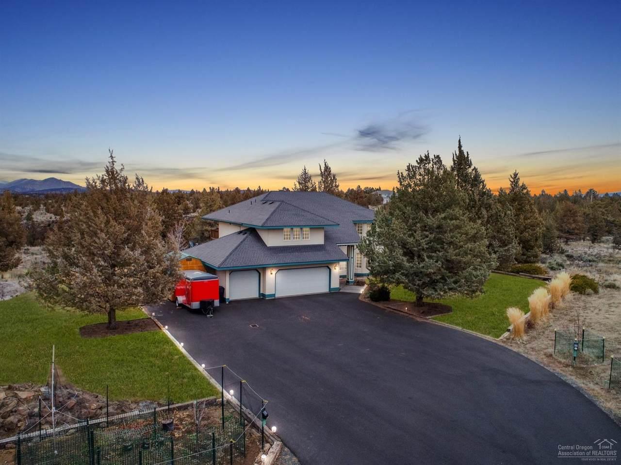 6625 Poplar Drive - Photo 1