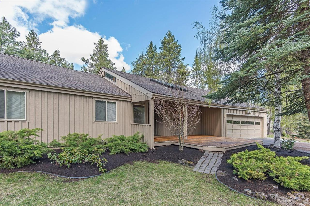 5 Doral, Sunriver, OR 97707 (MLS #201406713) :: Birtola Garmyn High Desert Realty