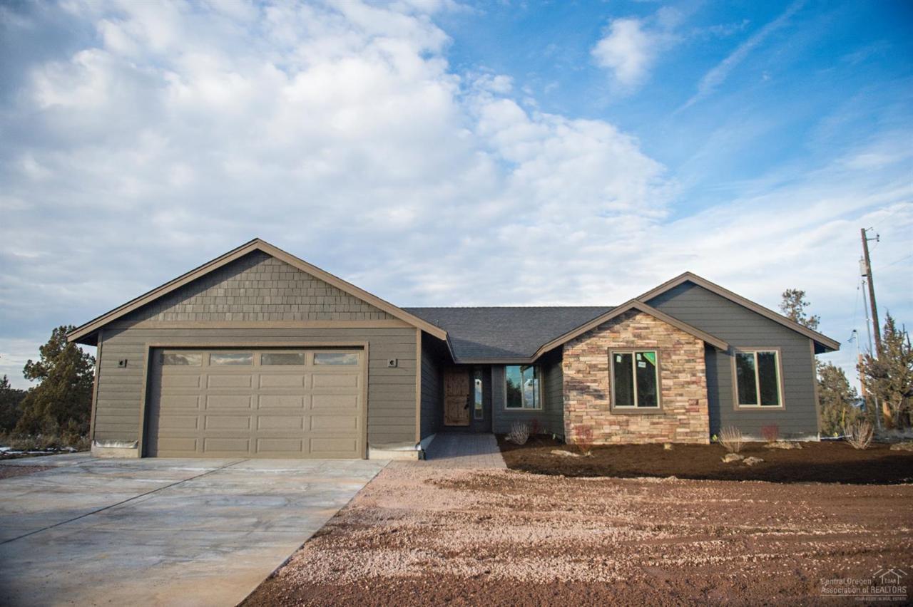 3775 NE Zamia Avenue, Redmond, OR 97756 (MLS #201608642) :: Birtola Garmyn High Desert Realty