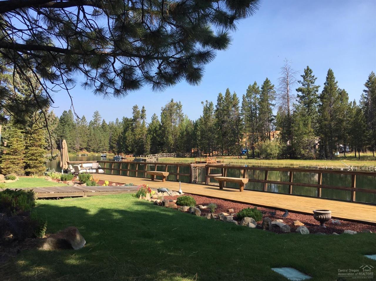 56186 Solar Drive, Bend, OR 97707 (MLS #201608945) :: Birtola Garmyn High Desert Realty