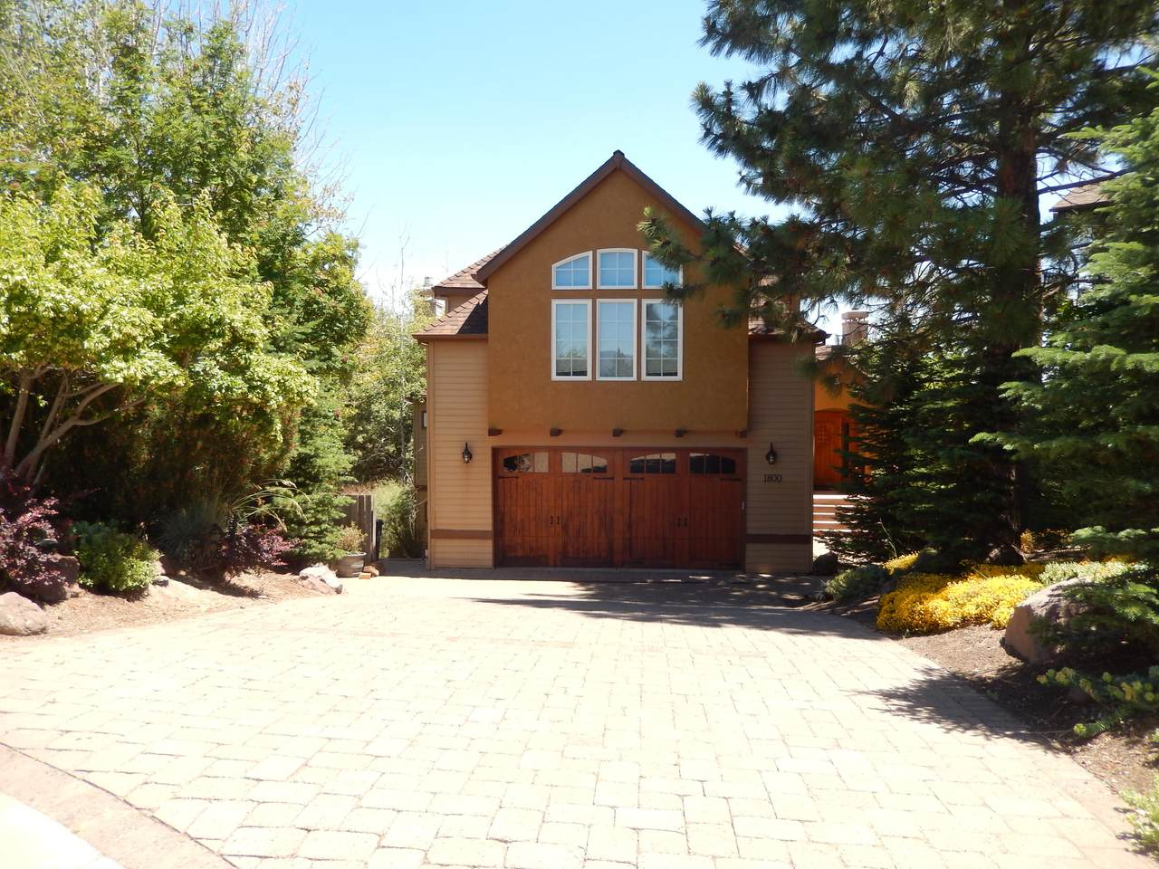 1800 Turnberry Place - Photo 1