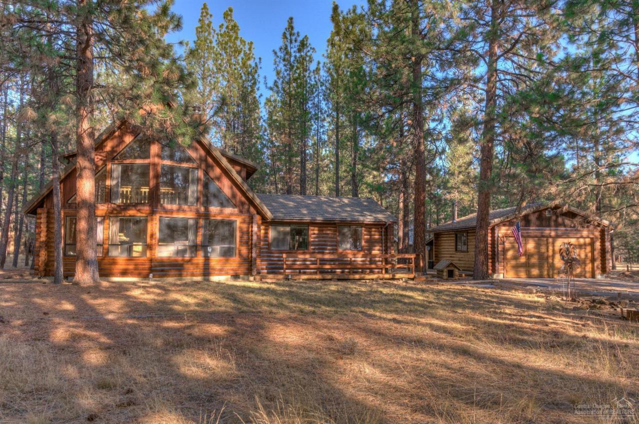 15066 Bridle, Sisters, OR 97759 (MLS #201810883) :: Windermere Central  Oregon Real Estate