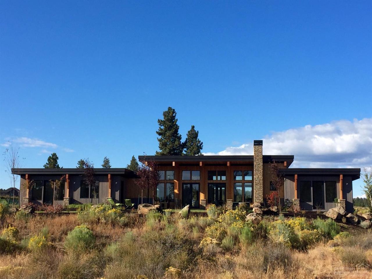61672 Hosmer Lake Drive, Bend, OR 97702 (MLS #201602515) :: Birtola Garmyn High Desert Realty