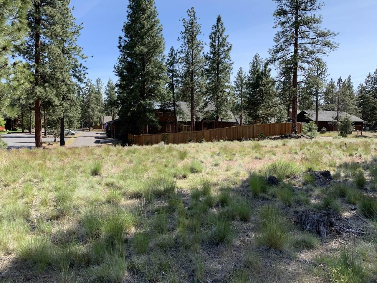 945 Desperado Trail - Photo 1