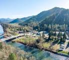 8894 Rogue River Highway - Photo 12