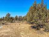 5805 Mount Jefferson Way - Photo 4