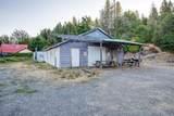 18097 Redwood Highway - Photo 15