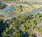 7447 Rogue River Highway - Photo 11