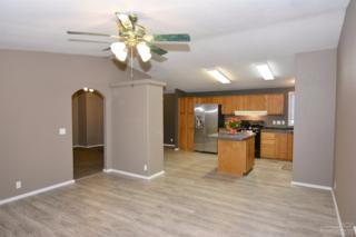 53116 Holiday Drive, La Pine, OR 97739 (MLS #201610946) :: Birtola Garmyn High Desert Realty