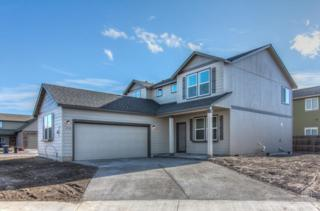 1718 NW Larch Wood Court, Redmond, OR 97756 (MLS #201611087) :: Birtola Garmyn High Desert Realty