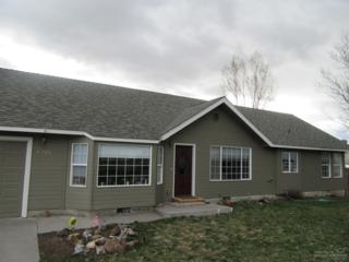 2322 SW Indian Avenue, Redmond, OR 97756 (MLS #201701269) :: Birtola Garmyn High Desert Realty