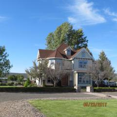 8521 NW Mountain View Acres Drive, Prineville, OR 97754 (MLS #201704872) :: Windermere Central Oregon Real Estate