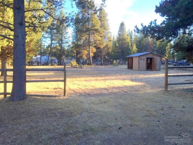 17015 West Drive, La Pine, OR 97739 (MLS #201901041) :: Bend Homes Now