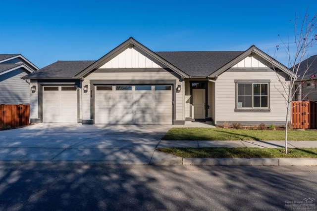 1061 NE Sunrise Street, Prineville, OR 97754 (MLS #201904981) :: Berkshire Hathaway HomeServices Northwest Real Estate