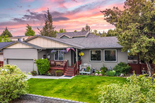 2431 SW 34th Drive, Redmond, OR 97756 (MLS #202002045) :: Bend Relo at Fred Real Estate Group