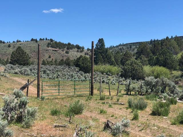 500 Lone Pine Road, Hines, OR 97720 (MLS #102988662) :: The Payson Group