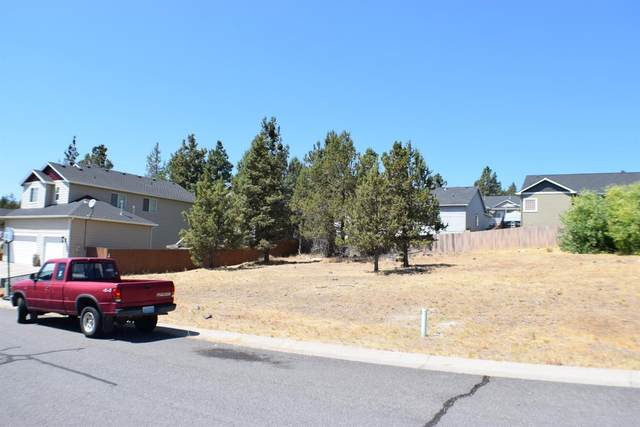 5135 Lyptus Lane, Klamath Falls, OR 97601 (MLS #103005733) :: Bend Relo at Fred Real Estate Group