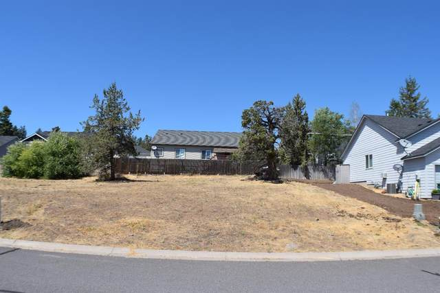 5115 Lyptus Lane, Klamath Falls, OR 97601 (MLS #103005735) :: Bend Relo at Fred Real Estate Group