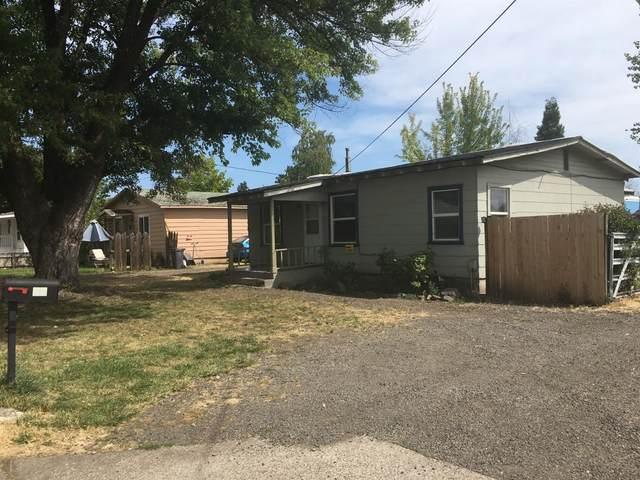 12 Mace Road, Medford, OR 97501 (MLS #103006430) :: Berkshire Hathaway HomeServices Northwest Real Estate