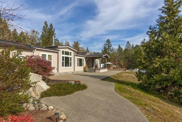 2010 Stewart Road, Grants Pass, OR 97526 (MLS #103007991) :: Bend Homes Now