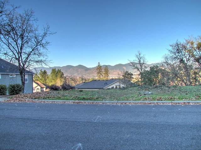 2231 SE Linden Lane, Grants Pass, OR 97527 (MLS #103008568) :: Coldwell Banker Sun Country Realty, Inc.