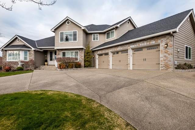 3951 Southview Terrace, Medford, OR 97504 (MLS #103009777) :: Rutledge Property Group