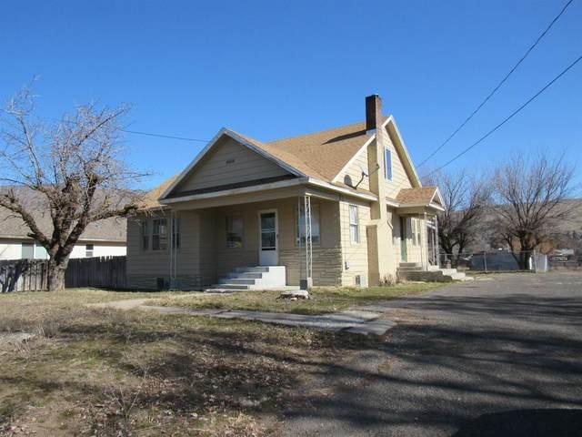 1555 Kane Street, Klamath Falls, OR 97603 (MLS #103010614) :: Berkshire Hathaway HomeServices Northwest Real Estate