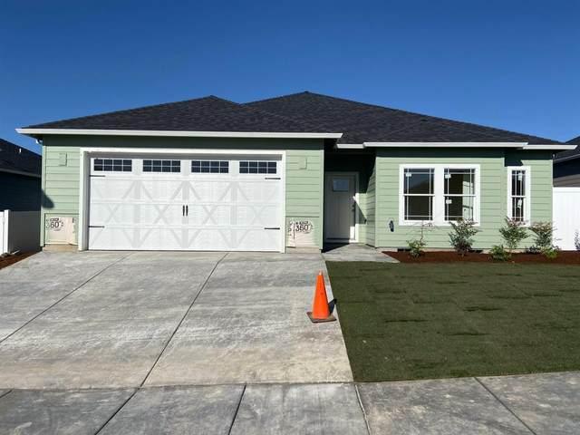 3720 Harper Way, Medford, OR 97504 (MLS #103010792) :: CENTURY 21 Lifestyles Realty