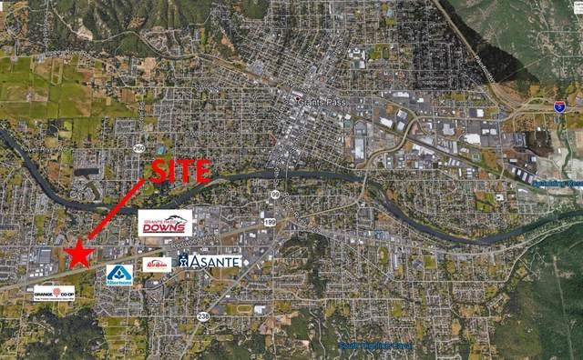 120 Mcdonald Lane, Grants Pass, OR 97527 (MLS #103012049) :: Bend Homes Now
