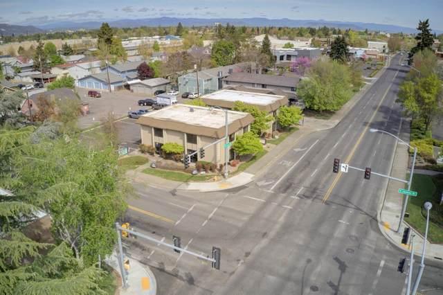 301 Crater Lake Ave/ 839 E Jackson Street, Medford, OR 97504 (MLS #103012533) :: Berkshire Hathaway HomeServices Northwest Real Estate