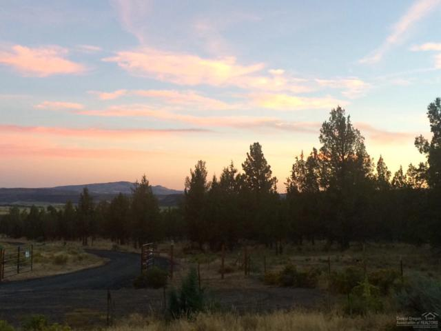 6641 NW Glenview Lane, Prineville, OR 97754 (MLS #201608796) :: Birtola Garmyn High Desert Realty