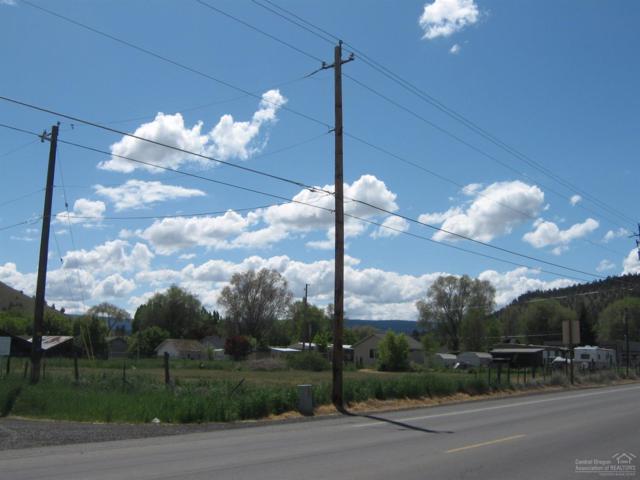 1725 SE Melrose Drive, Prineville, OR 97754 (MLS #201609520) :: Birtola Garmyn High Desert Realty