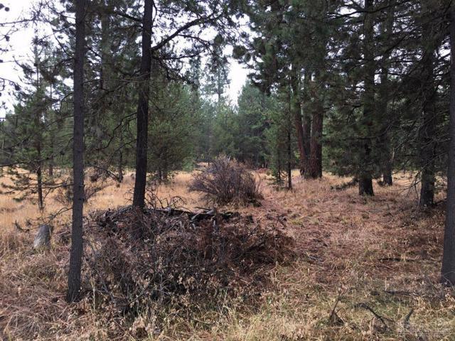 15445 Deer Avenue, La Pine, OR 97739 (MLS #201610191) :: Birtola Garmyn High Desert Realty