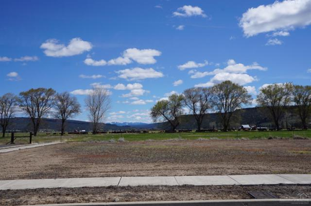 3062 SE Triangle Outfit Drive, Prineville, OR 97754 (MLS #201703392) :: Central Oregon Home Pros