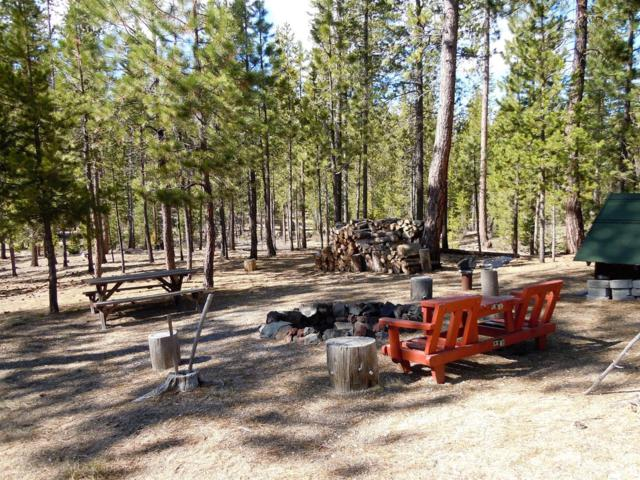 5 Schoonover, Crescent Lake, OR 97733 (MLS #201703986) :: Birtola Garmyn High Desert Realty