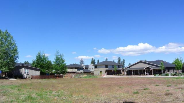154 E Adams Avenue, Sisters, OR 97759 (MLS #201704952) :: Birtola Garmyn High Desert Realty