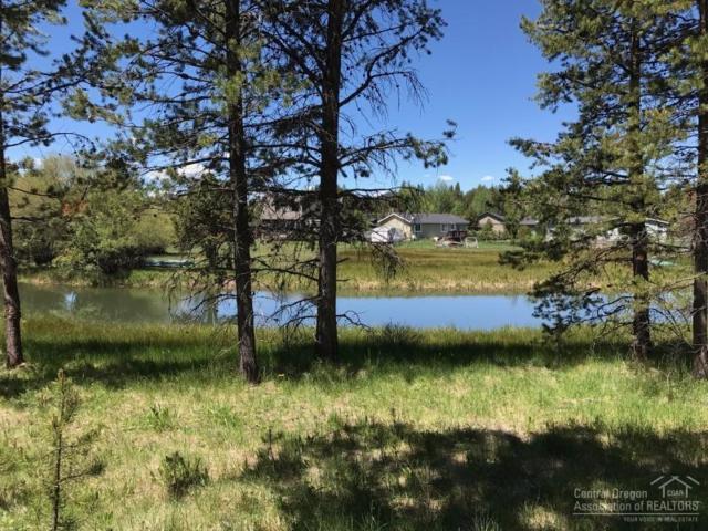 55963 Wood Duck Drive, Bend, OR 97707 (MLS #201705089) :: Birtola Garmyn High Desert Realty
