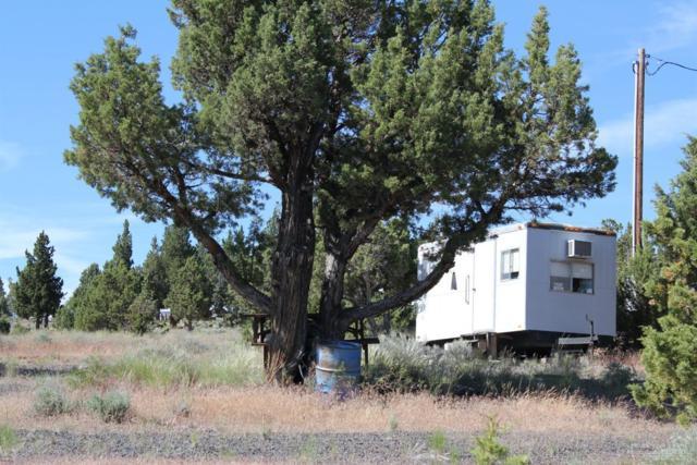 5895 SE Seneca Road, Prineville, OR 97754 (MLS #201705982) :: Birtola Garmyn High Desert Realty