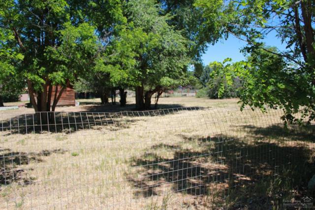 2249 SE Melrose Drive, Prineville, OR 97754 (MLS #201706618) :: Birtola Garmyn High Desert Realty