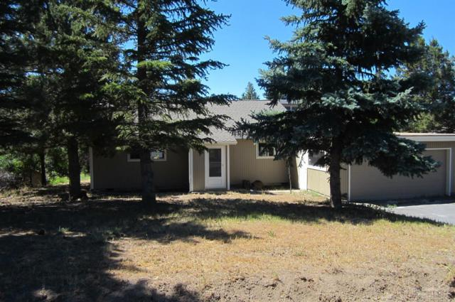 20841 Greenmont Drive, Bend, OR 97702 (MLS #201707470) :: The Ladd Group