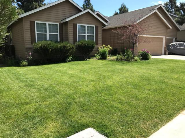 1072 SE Shadowood Drive, Bend, OR 97702 (MLS #201707481) :: Windermere Central Oregon Real Estate