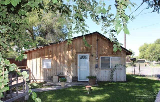 1235 NW Harwood Street, Prineville, OR 97754 (MLS #201708455) :: Birtola Garmyn High Desert Realty