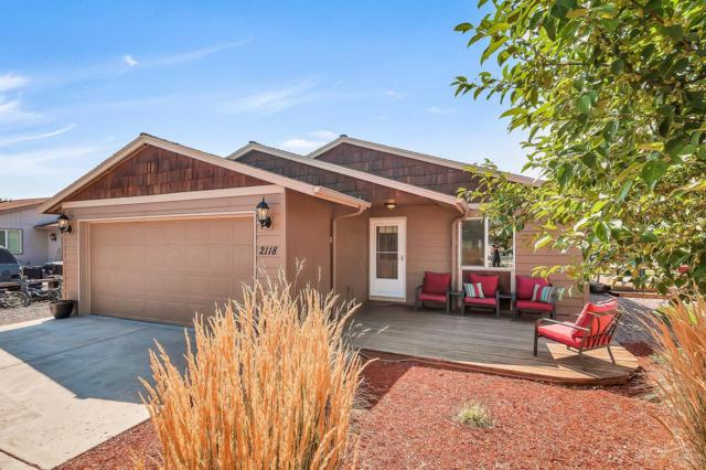 2118 SW Meadowbrook Drive, Redmond, OR 97756 (MLS #201708500) :: Birtola Garmyn High Desert Realty