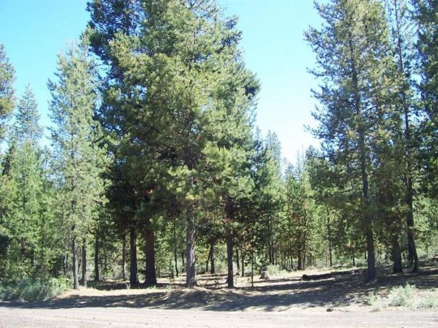 16337 Lava Drive, La Pine, OR 97739 (MLS #201709295) :: Birtola Garmyn High Desert Realty