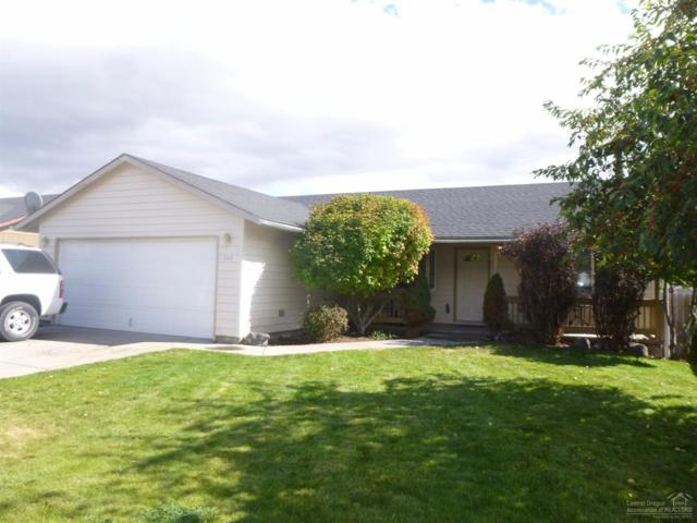 546 NE Mariposa Avenue, Prineville, OR 97754 (MLS #201709307) :: Fred Real Estate Group of Central Oregon