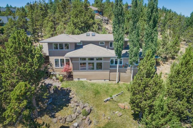 958 NW Summit Drive, Bend, OR 97703 (MLS #201709317) :: The Ladd Group